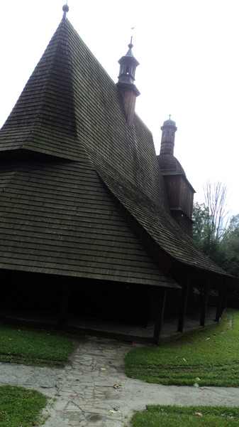 Польша. Деревянные церкви в Карпаах