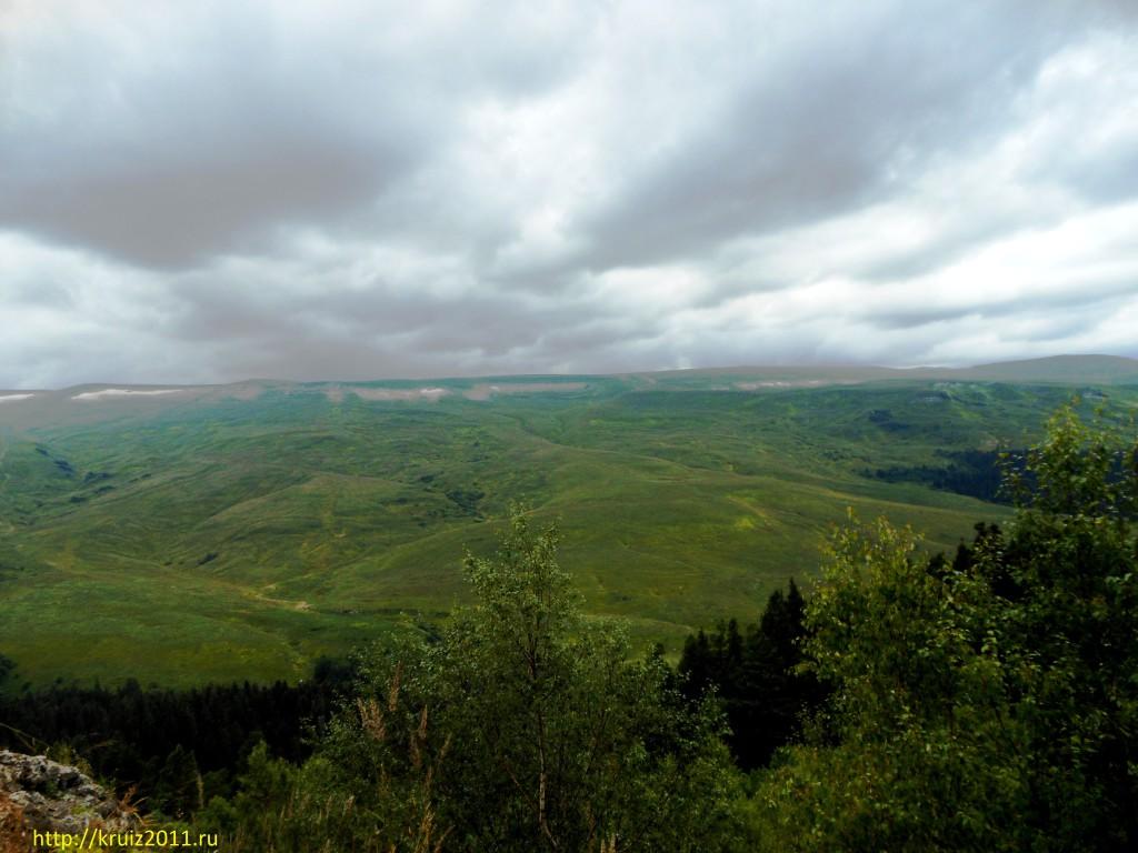 Кавказскик горы.  Плато Лаго-Наки. Адыгея