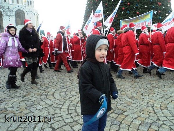 Калининград. Парад Дедов Морозов.