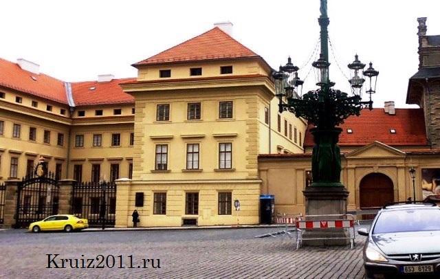 Достопримечательности Праги. Чумной столб