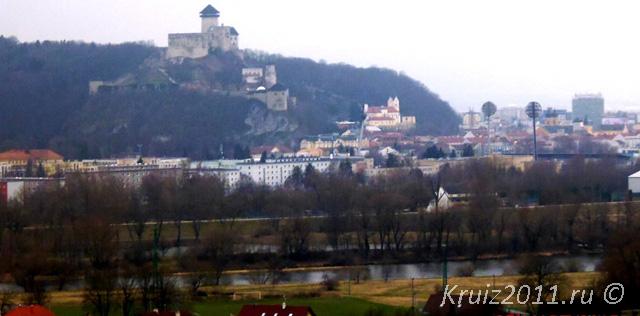 Словакия. Замок.