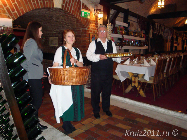 Будапешт. Ресторан Катакомбы