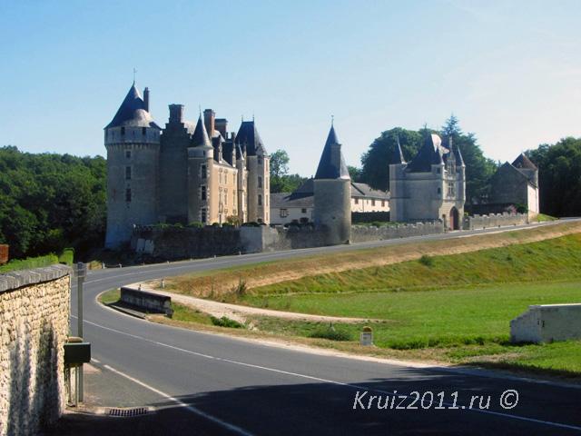 Достопримечательности Франции. Замок Монпупон